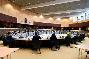 Posiedzenie komisarzy w KE (zdjęcie ilustracyjne)