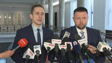 Posłowie PO Cezary Tomczyk  i Marcin Kierwiński