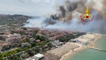 Pożar w miejscowości Pescara we Włoszech