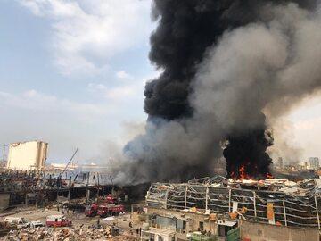 Pożar w porcie w Bejrucie