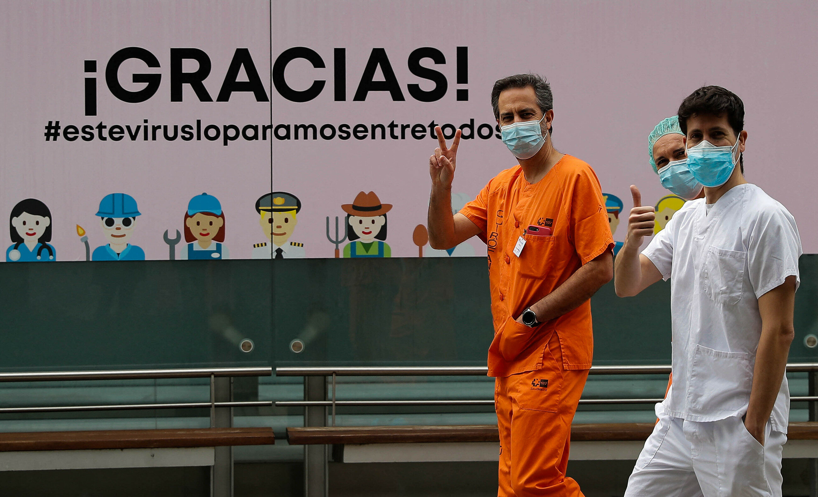 Pracownicy hiszpańskiej służby zdrowia