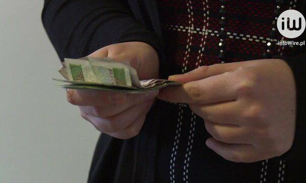 Prawie 60% badanych daje w prezencie komunijnym pieniądze