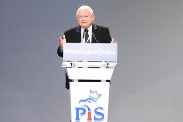 Prezes PiS na kongresie partii w Przysusze