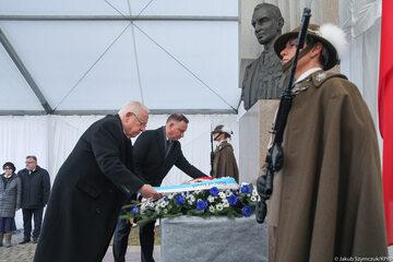 Prezydenci Polski i Izraela  oddali hołd rtm. Witoldowi Pileckiemu.