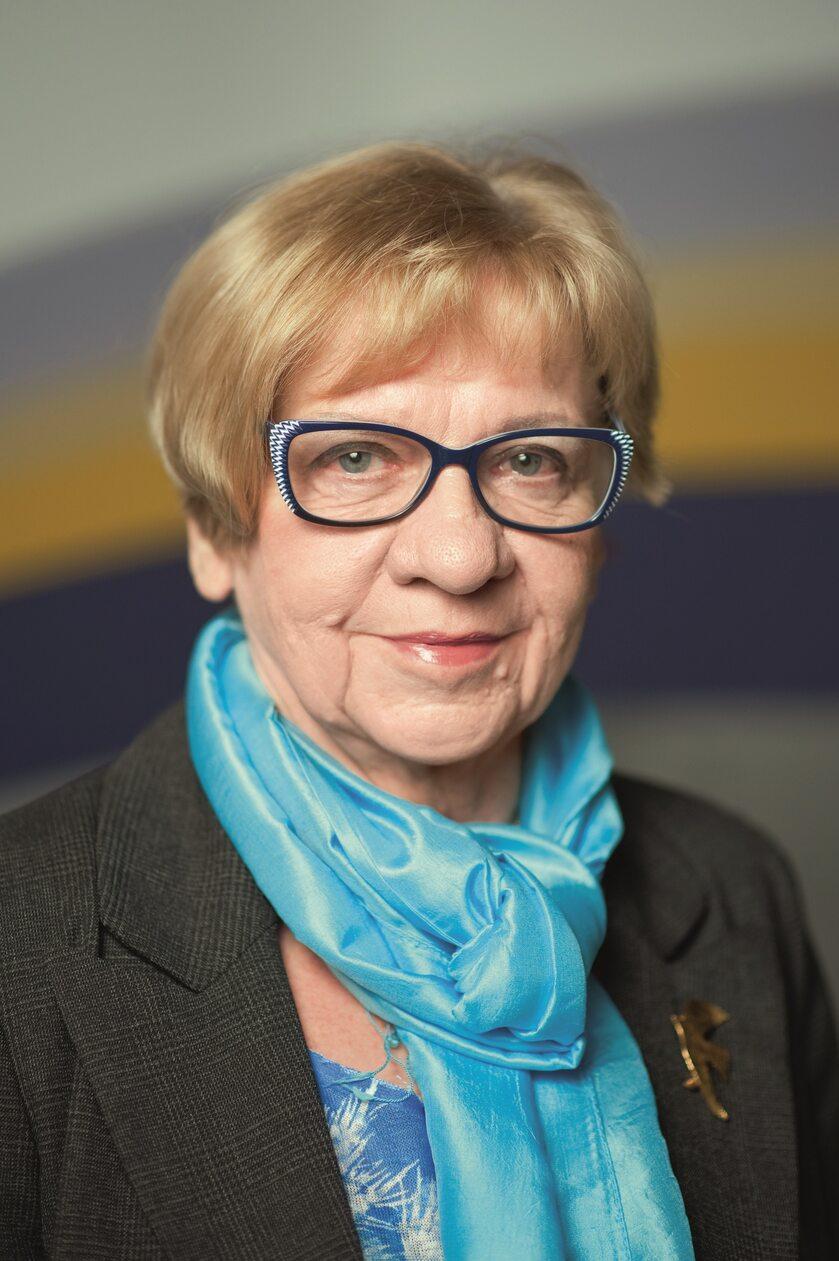 prof. Anna Dmoszyńska, hematologiem, przewodniczącą Polskiej Grupy Szpiczakowej,