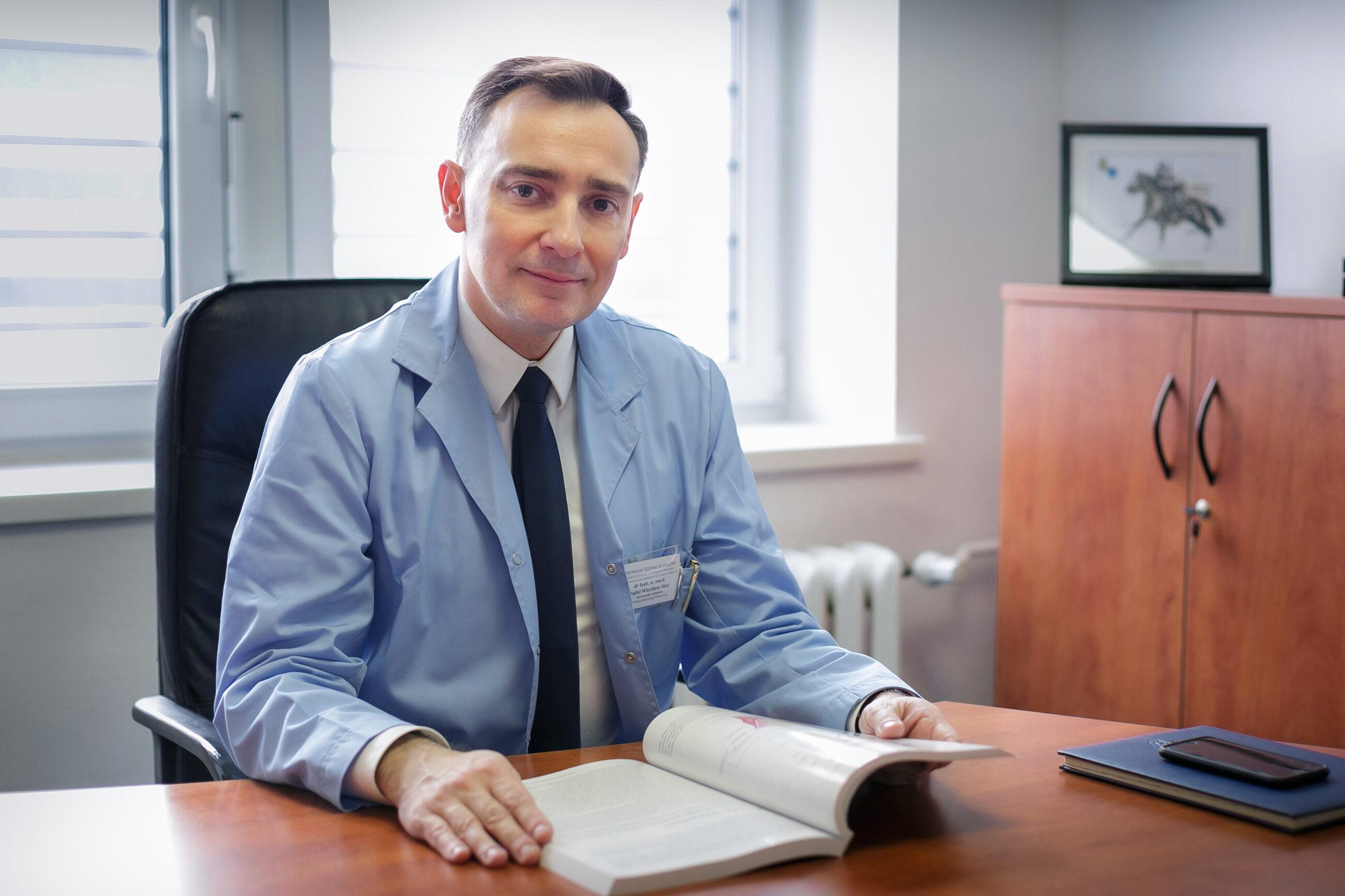 Prof. Rafał Stec: Chorzy onkologiczni to grupa najwyższego ryzyka ciężkiego przebiegu COVID-19.