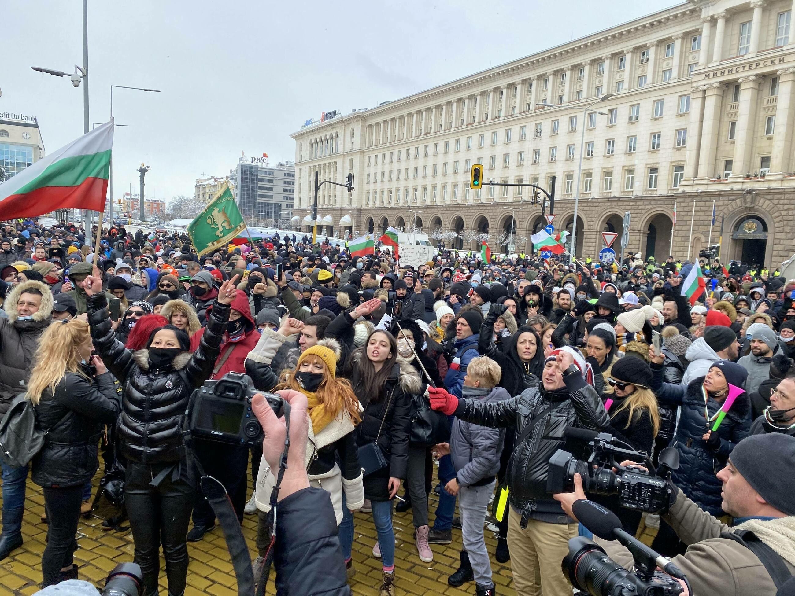 Protest bułgarskich restauratorów przeciwko obostrzeniom z powodu koronawirusa