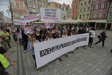 Protest mieszkańców Wrocławia, domagających się ukarania winnych śmierci Igora Stachowiaka