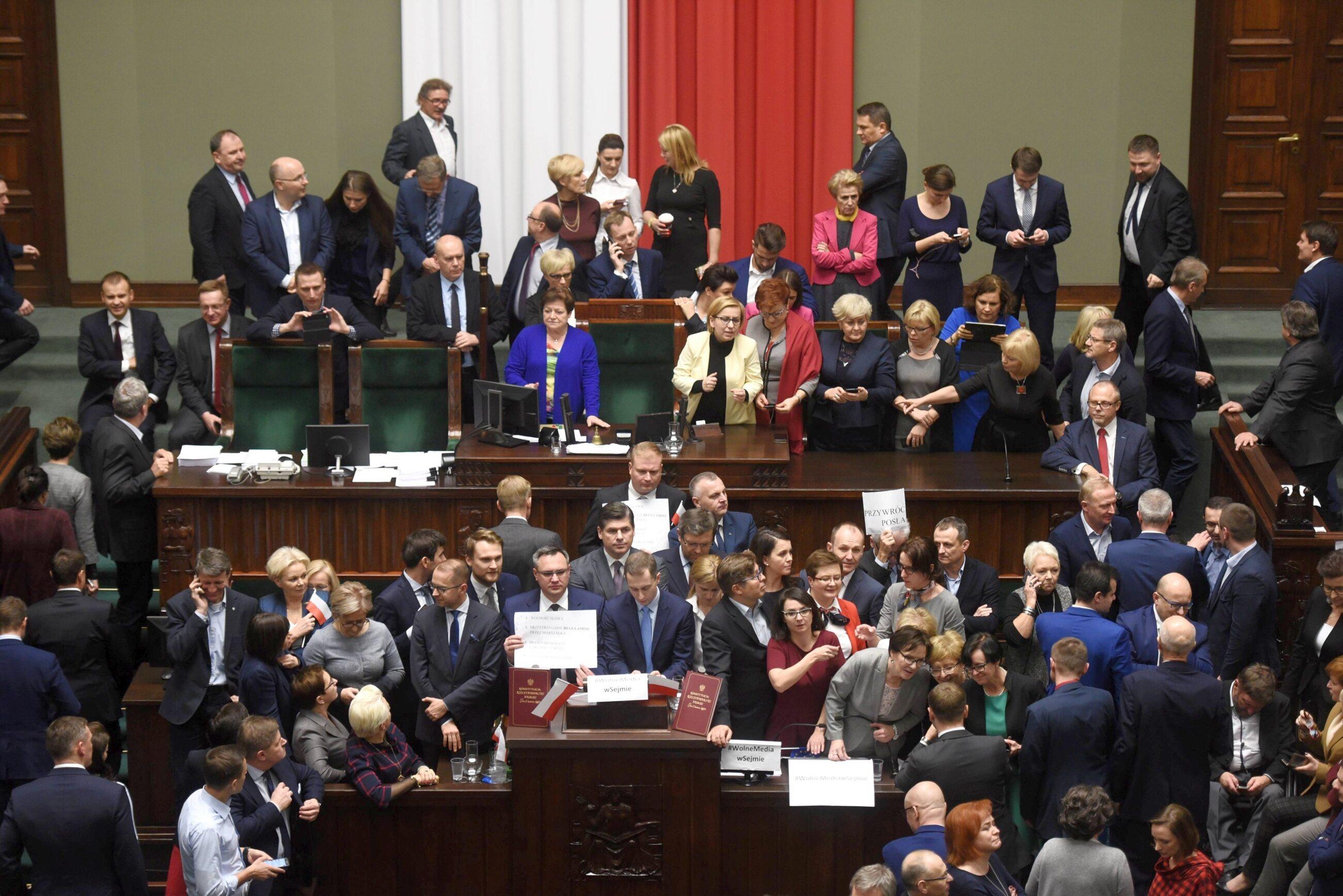 Protest opozycji w Sejmie, 16 grudnia