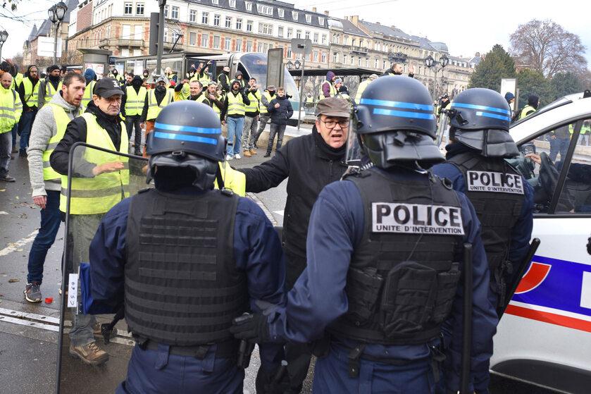"""Protest """"żółtych kamizelek"""""""