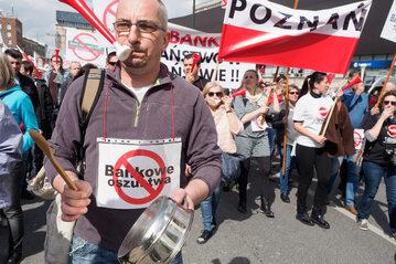 Protestujący frankowicze