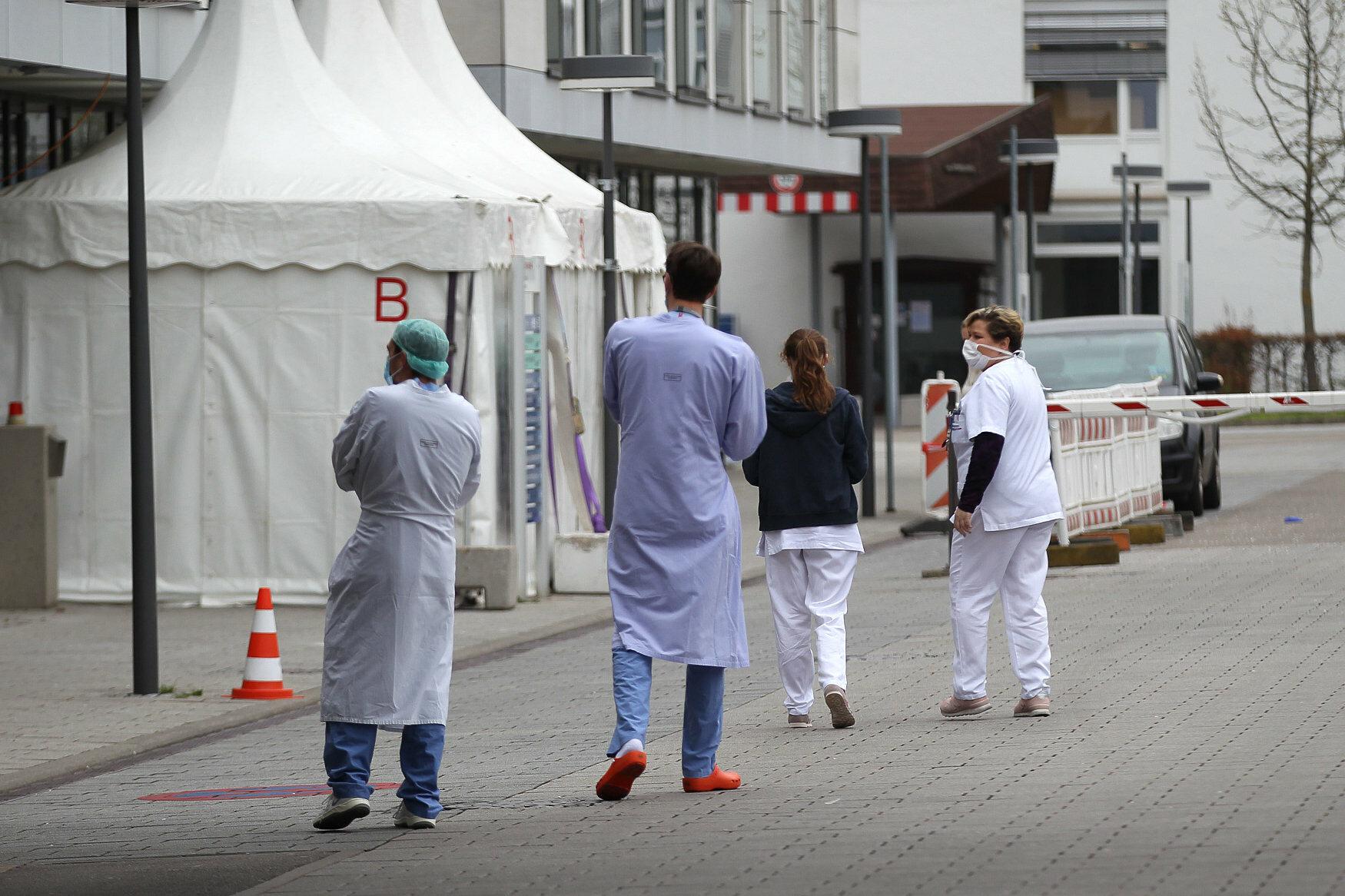Przedstawiciele służby zdrowia we Freiburgu