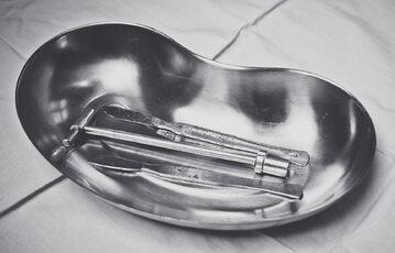 Przyrządy chirurgiczne (zdj. ilustracyjne)
