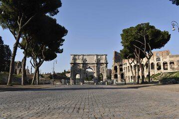 Puste ulice Rzymu