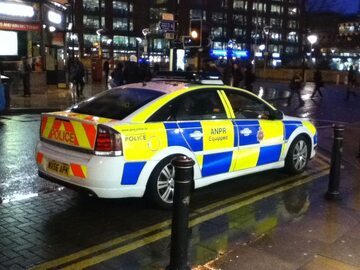 Radiowóz Greater Manchester Police.