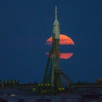 Rakieta Sojuz z księżycem w tle. Kosmodrom Bajkonur.  746,981 polubień