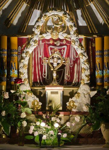 Relikwiarz z krwią Jana Pawła II w Polanicy-Zdroju