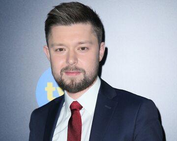 """Remigiusz Mróz na premierze serialu """"Chyłka"""""""