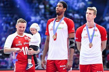 Reprezentanci Polski z brązowymi medalami ME siatkarzy 2019
