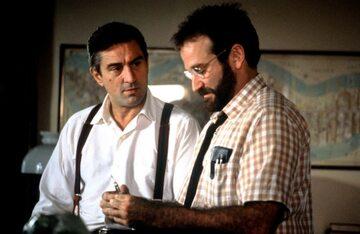 """Robert De Niro i Robin Williams w filmie """"Przebudzenia"""" (1990)"""