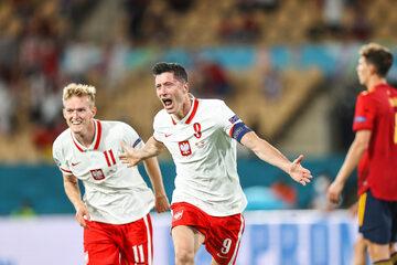 Robert Lewandowski z golem na Euro 2020