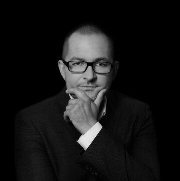 Roman Wyszomirski, prezes spółki MBR Leasing S.A., należącej do grupy MBR Finanse S.A.