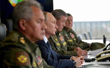 """Rosja. Prezydent Władimir Putin obserwuje manewry """"Zapad-21"""""""
