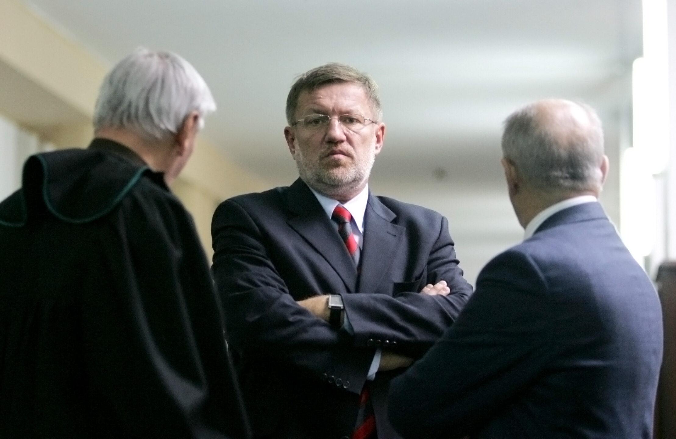Rozprawa w sprawie bylego ministra gospodarki Wieslawa Kaczmarka.