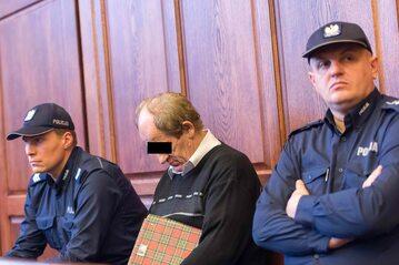 Ryszard F. ps. Fryzjer w towarzystwie policjantów