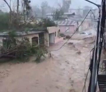 Rzeka błota w stolicy Portoryko San Juan