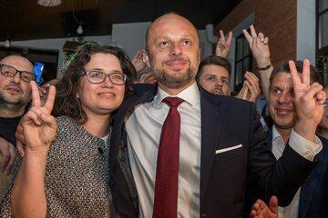 Rzeszów. Konrad Fijołek z żoną