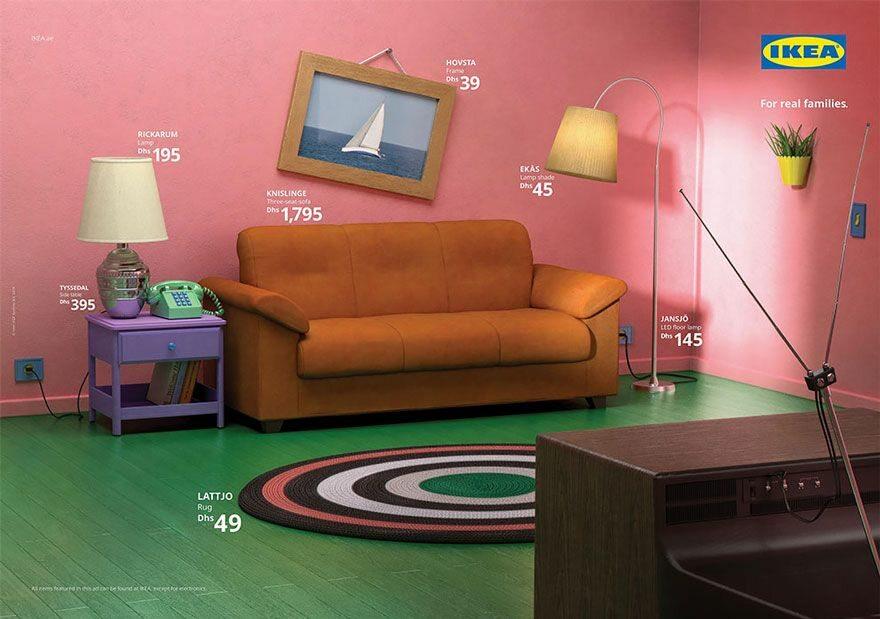 """Salon z kreskówki """"Simpsonowie"""", odtworzony przy użyciu produktów ze sklepu IKEA"""