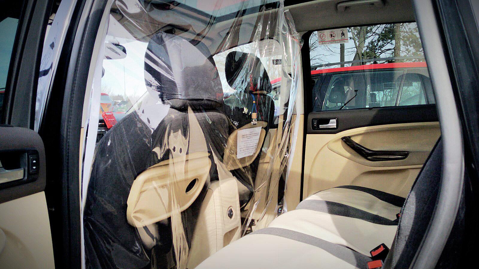Samochód iTaxi do przewozu osób z podejrzeniem COVID-19
