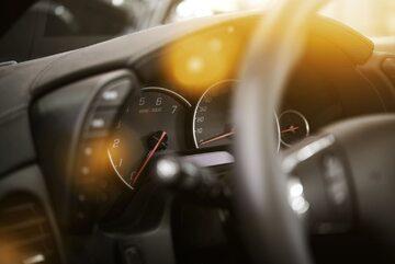 Samochód, kierownica, zdj. ilustracyjne