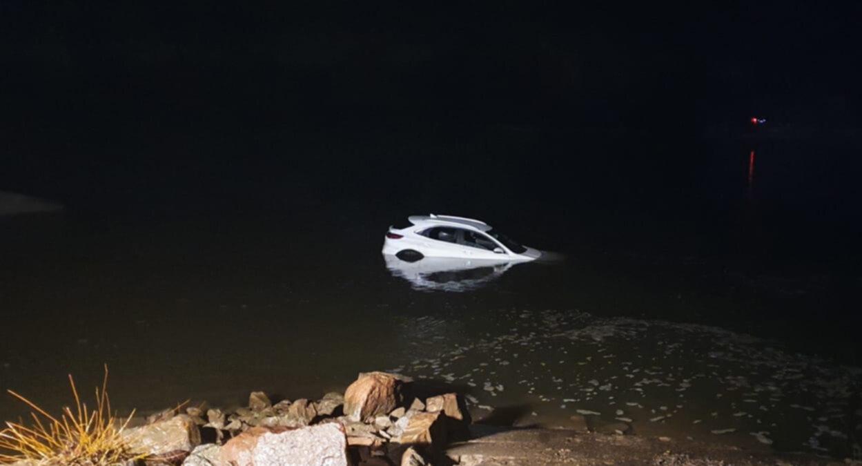Samochód, który wjechał do Wisły
