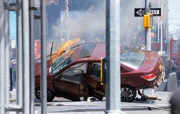 Samochód, który wjechał w ludzi w Nowym Jorku