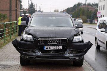 Samochód z kolumny rządowej