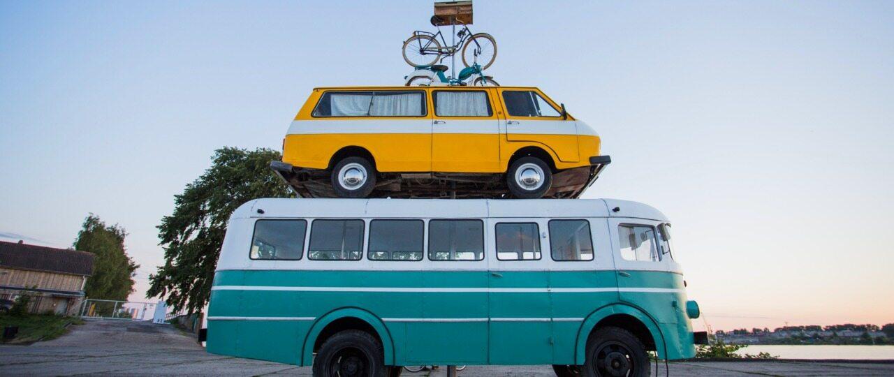 Samochody sprowadzamy z Niemiec, ale też z egzotycznych krajów