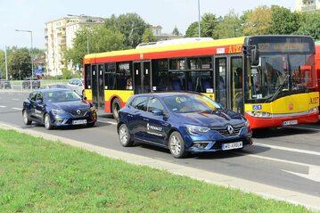 Samochody w ruchu miejskim