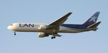 Samolot Latam Airlines, zdj. ilustracyjne