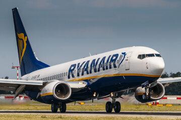 Samolot linii Ryanair, zdj. ilustracyjne