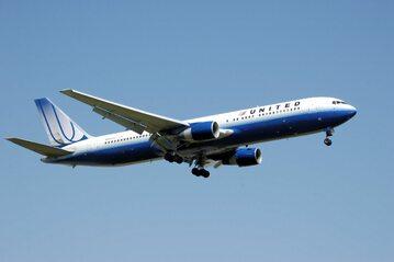 Samolot linii United Airlines, zdjęcie ilustracyjne