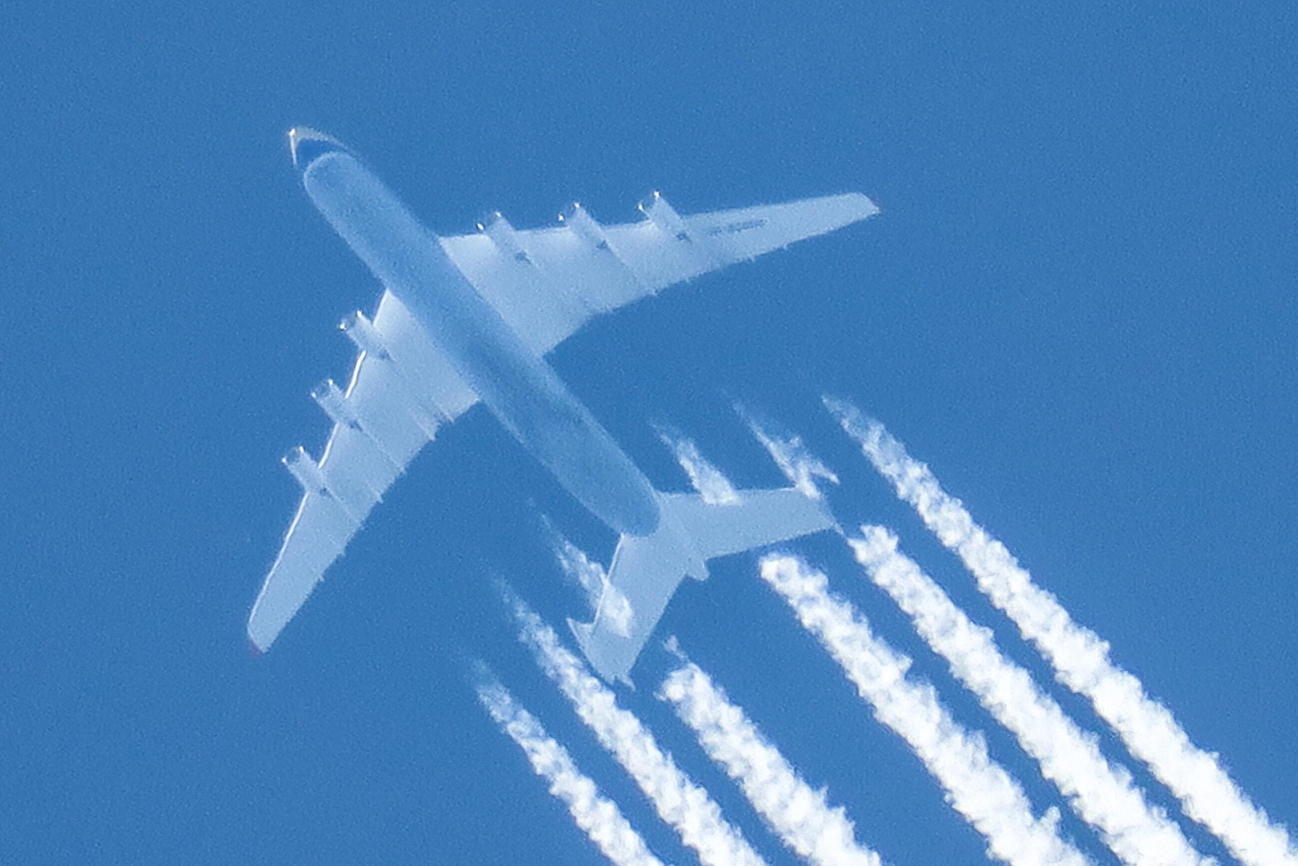 Samolot na wysokości przelotowej, zdj. ilustracyjne