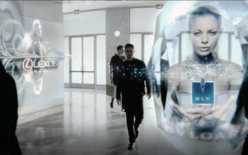 """Scena z filmu """"Raport mniejszości"""" (2002), w której pokazane jest targetowanie reklam w świecie fizycznym"""