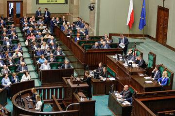 Sejm, posłowie