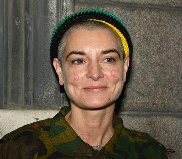 Shuhada Davitt (Sinead O'Connor)