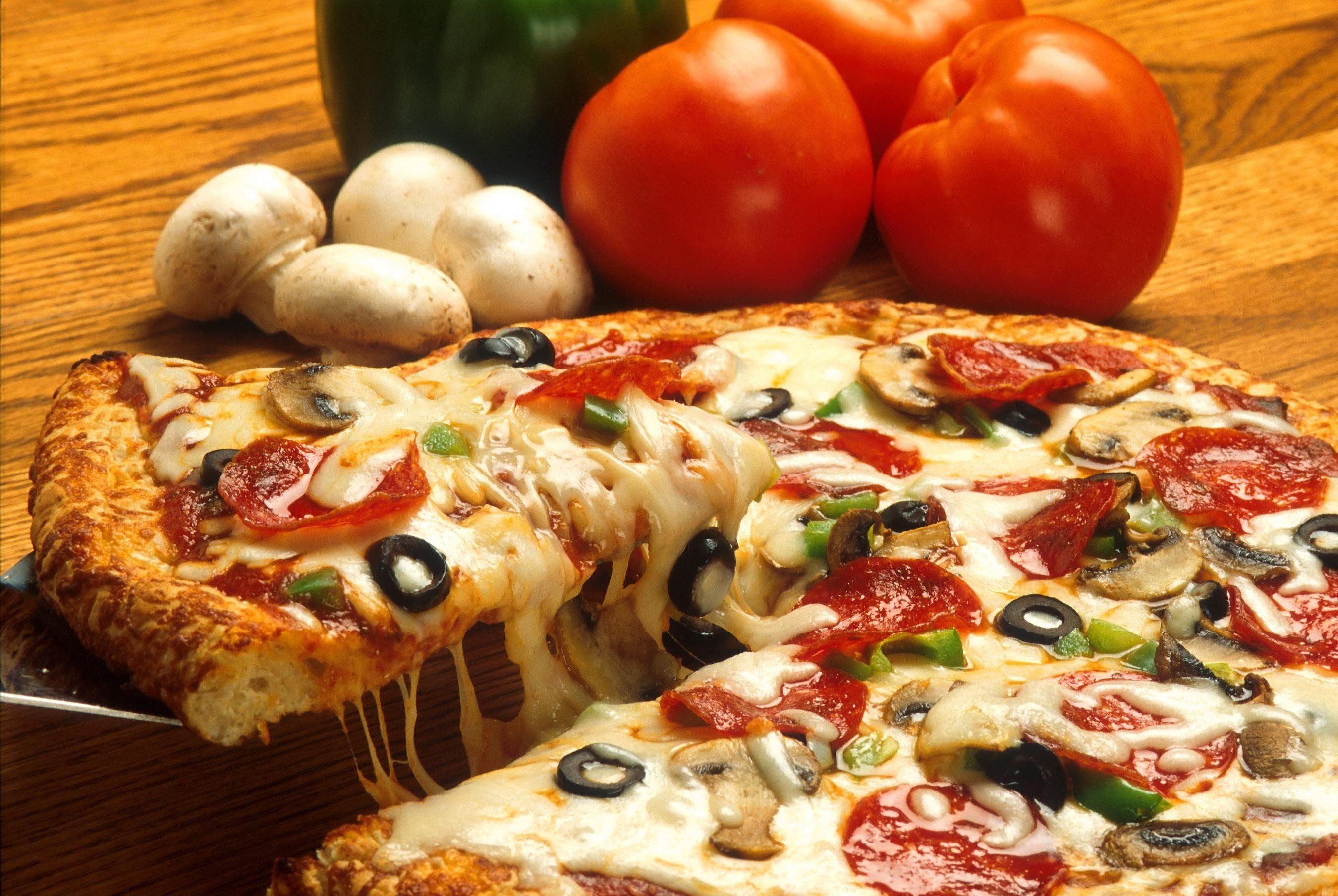 Skąd wziął się kształt pizzy?