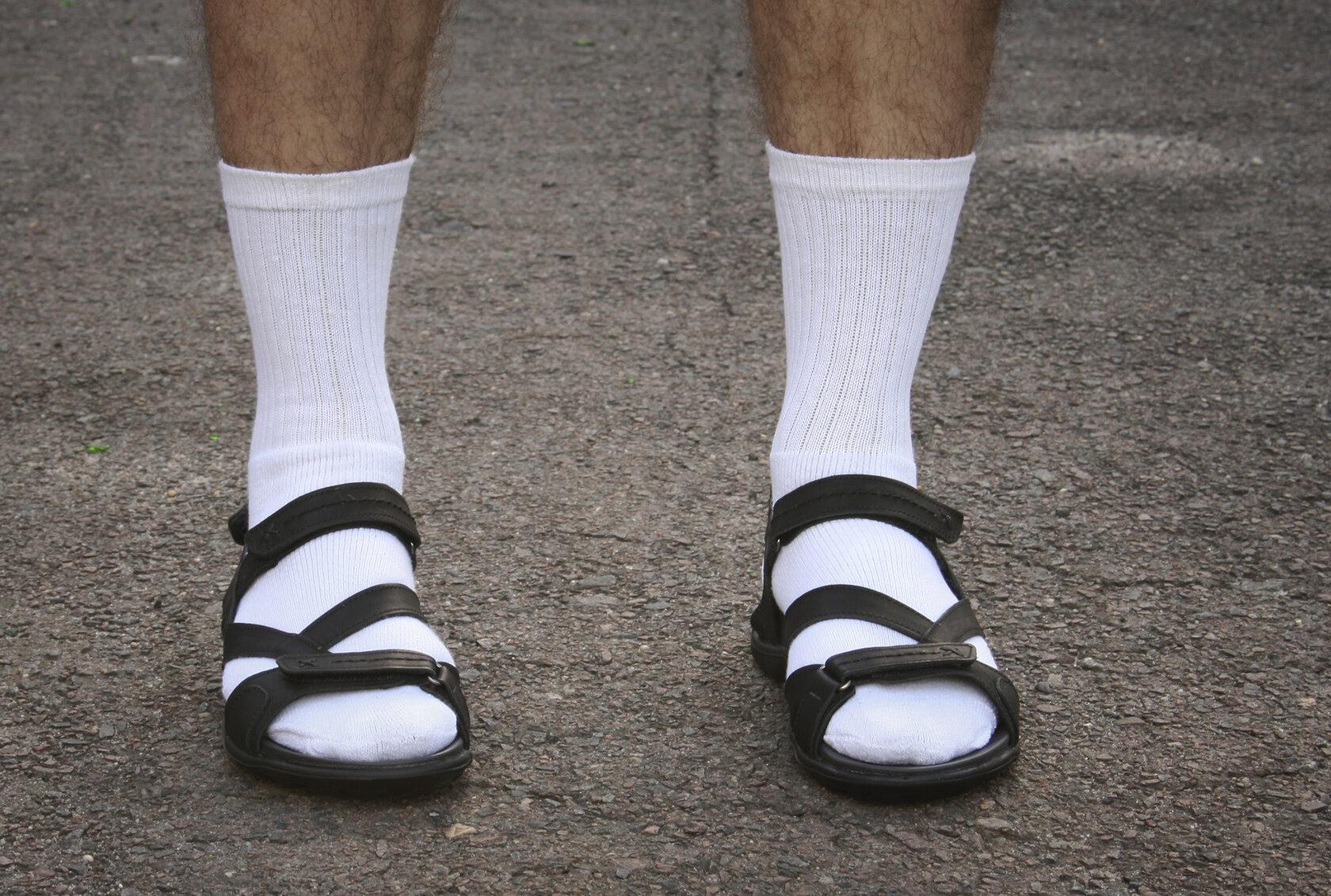 Skarpetki i sandały