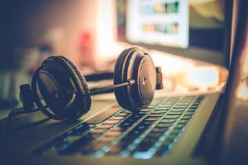 Słuchawki, zdjęcie ilustracyjne