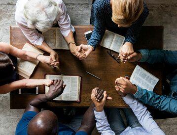Spotkanie modlitewne, zdjęcie ilustracyjne